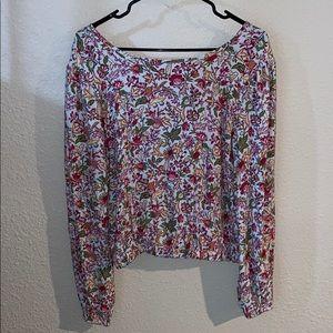 Flower detail Loft blouse!